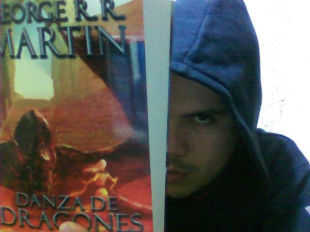 Danza de Dragones. George R. R. Martin.
